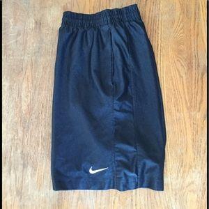 Nike Men's Size Small Black Basketball Shorts